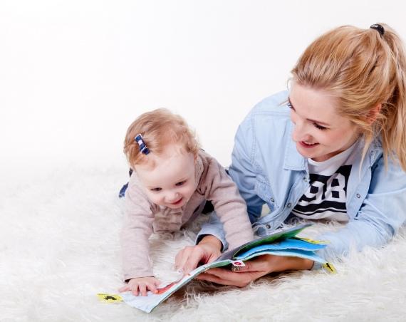 stipendio assistente infanzia