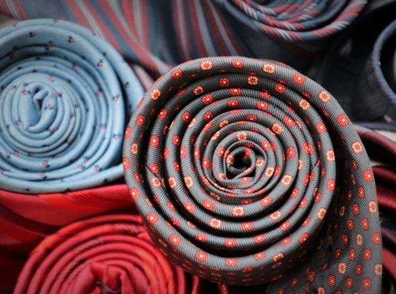 I tessuti pregiati per abiti e l'importanza dei materiali